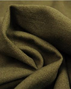 A medium weight linen and cotton blend fabric. This natural, breathable fabric comes in an earthy olive green shade. Viscose Fabric, Cotton Fabric, Olive Green Paints, Tilly And The Buttons, Dressmaking Fabric, Beige Aesthetic, Textile Fabrics, Color Khaki, Green Fabric