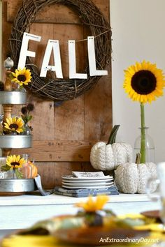 Farmhouse style sunflower themed fall decor Vignette - Simple and Easy Tea Party IDEAS Rental Home Decor, Rental Decorating, Fall Home Decor, Autumn Home, Fall Decorating, Thanksgiving Diy, Thanksgiving Centerpieces, Everyday Centerpiece, Fall Vignettes