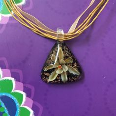 ✨BEAUTIFUL FRENCH TRIANGLE PENDENT✨ Beautiful French triangle pendent, beautiful flower inlay inside of pendent. Jewelry Necklaces