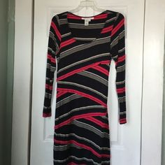 Dress Black, Blue and Red. 95% Rayon and 5% Spandex. Max Studio Dresses Long Sleeve