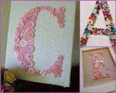 Buchstaben aus Knöpfen auf Leinwand