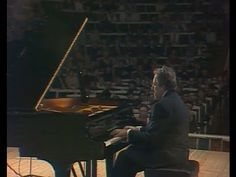 Lazar Berman plays Schubert-Liszt, Liszt, de Falla - video 1989