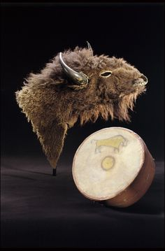 Buffalo Headdress and Drum  Sioux, 1870  The National Museum of the American Indian