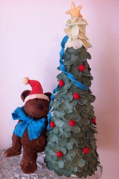 Vera Miklas Modelling chocolate Cake Christmas decorations. www.veramiklas.com Christmas Cake Decorations, Christmas Ornaments, Holiday Decor, Modeling Chocolate, Chocolate Cake, Presents, Home Decor, Chicolate Cake, Gifts