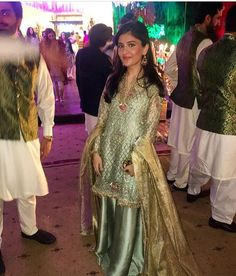Gulrukh pretty as a picture in a soft green number ✨✨