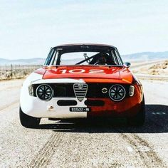 Bild könnte enthalten: Auto und Outdoor - various race cars - Fitness Salon Alfa Bertone, Alfa Romeo Gta, Alfa Romeo Giulia, Best Muscle Cars, Cars And Motorcycles, Race Cars, Super Cars, Classic Cars, Automobile
