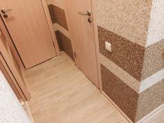 Pereti hol cu tapet lichid Silk Plaster, Tile Floor, Stencil, Diy And Crafts, Halle, Interior Design, Wallpaper, Marvel, Home Decor