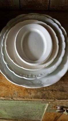 Vintage Ironstone Platters - via My Rustic Farmhouse Vintage Plates, Vintage Dishes, Vintage China, Vintage Decor, Shabby Vintage, Apps For Bloggers, Farmhouse Chic, Farmhouse Bowls, Farmhouse Pottery