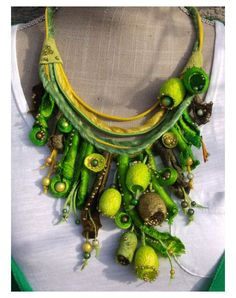 One Element at a Time Fiber Art Jewelry, Textile Jewelry, Fabric Jewelry, Jewelry Art, Beaded Jewelry, Jewellery, Textile Art, Felt Necklace, Fabric Necklace