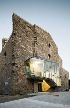 David Closes reinvents the dilapidated Sant Francesc church in Santpedor, Spain