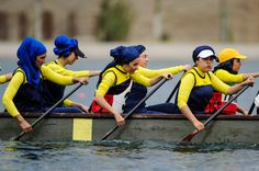 In pictures: Women's Dragon boat national Championships  #Realiran #Iran  www.realiran.org