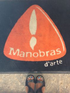 www.manobrasdarte.com www.facebook.com/manobrasdarte Make Up Artist & Hair & Wigs SERGIO ALXEREDO  www.manobrasdarte.com www.facebook.com/manobrasdarte