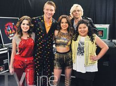 Austin & Ally Season 4 First Look: Who's Making Music With Becky G? Ross Lynch, Austin E Ally, Calum Worthy, Just Add Magic, Disney Channel Shows, Cute Friend Pictures, Laura Marano, Birthday Boy Shirts, Becky G