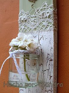 love this.. very vintage looking and shabby chic