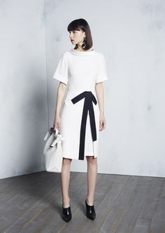Keep it vintage this summer! See how at http://www.thevintagelighthouse.com/ Paule Ka Pre-Fall 2016 Collection - Vogue