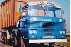 COL PHOTO GRUNDON SCAMMELL ROUTEMAN 8 WHEEL ROLL ON/OFF BIN LOADER - HMU 786K #Notapplicable Vintage Trucks, Old Trucks, Commercial Vehicle, Classic Trucks, Transportation, Military, Vehicles, Irish, Photos