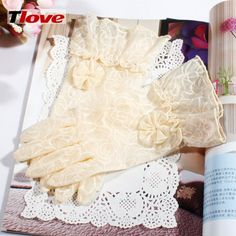 TLOVE New Summer Ms Lace Sunscreen GlovesUV UV Protection Short Paragraph Car Thin Style Gloves 23477024293