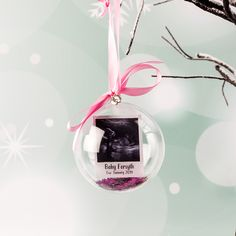 This Personalised Scan Photo Christmas Bauble is the ideal addition to an expecting parents or future grandparents Christmas Tree this year. #personalised #personalisechristmas #christmasdecoration #christmasinspiration #bauble