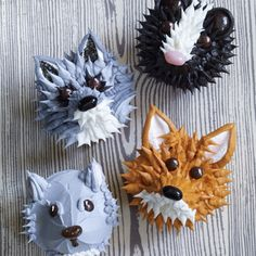 Critter Faces: Squirrels, Raccoons and Foxes, oh my! Invite these woodland creatures to your next party and they probably won't stay around for long!