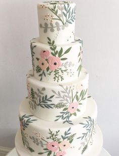 From modern designs to romantic flowers and hand-painted illustrations, these wedding cakes are sure to inspire. Check out these 20 Prettiest wedding cakes!