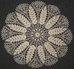 Lace wheat doily, free crochet pattern.
