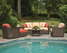 Beautiful wicker lounge set to compliment any pool setting. Lane Venture