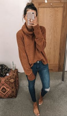Winter outfits women - - Buns & turtle necks 🖤 Source by Winter Outfits For Teen Girls, Winter Outfits Women, Fall Fashion Outfits, Mode Outfits, Casual Outfits, Dress Outfits, Womens Fashion, Fashion Trends, Simple Winter Outfits