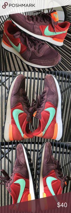 Drop°In Der Nike W Internationalist sunset tint heiß