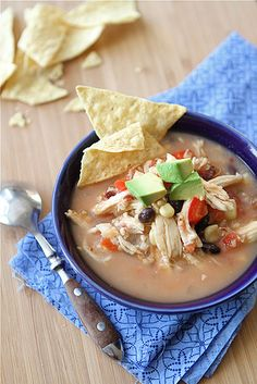 Original Pinner States:  I bought a crockpot TODAY! Kind of excited about this one! Hmm....Crockpot Chicken Tortilla Soup Recipe with Black Beans & Corn (Slow Cooker)