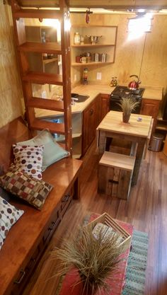 Tiny House***Love Except Need a Staircase Tiny House Swoon, Tiny House Plans, Tiny House On Wheels, Tiny House Design, Small House Living, Small Tiny House, Small Space Living, Little Houses, Tiny Houses