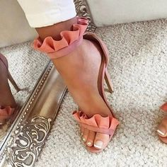 - - Sestito 2018 Ladies Elegant Laciness Buckle Strap Dress Runway Shoes Woman Peep Toe Cover High Heels Summer Gladiator Sandals Source by juliembfox Hot Shoes, Crazy Shoes, Me Too Shoes, Zapatos Shoes, Shoes Heels, Pumps, Dress Shoes, Stilettos, Dress Outfits