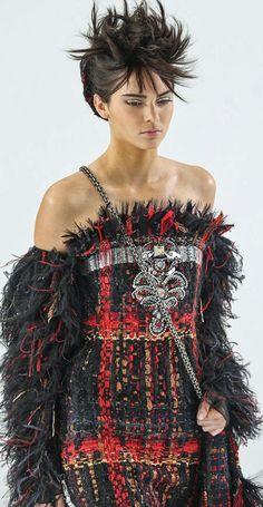 Chanel Autumn/Winter 2014 Couture via vogue.co.uk