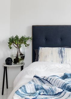 Based in Melbourne, Mexsii is an artisan bed head label founded by Merryn Paul and Sarah Green. With hand crafted designs inspired by freed. Tie Dye Bedding, Navy Bedding, Bedding Sets, Master Bedroom, Bedroom Decor, Interior Architecture, Interior Design, Bed Design, Luxury Bedding
