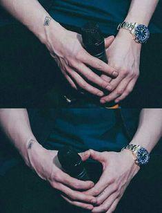 #Chanyeol #CHANYEOL #EXO #Hand