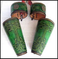 Rogue-sorcerer WIP : Arm armor by akinra-workshop.deviantart.com on @deviantART