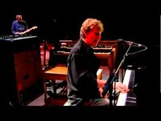 Steve Winwood and Eric Clapton - Glad + We All Right (Live At Madison Square Garden). Two rock legends at work!