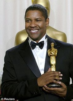 "Denzel Washington wins Oscar for ""Training Day"" as Alonzo Harris in Second black actor to receive the award for Best Actor in a leading role. Denzel Washington Oscar, Don Corleone, Black Actors, Best Supporting Actor, The Jacksons, Oscar Winners, Award Winner, Ingmar Bergman, Best Actor"