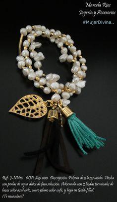 Ref: J-NN14    COP: $45.000   Descripción: Pulsera de 3 lazos unida. Hecha con perlas de agua dulce de fina selección. Adornada con 2 lindas terminales de lazos color azul cielo, cuero plano color café, y hoja en Gold-filled.  ¡Te encantará!  Síguenos en: www.facebook.com/mrjoyeriayaccesorios
