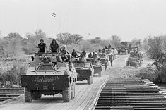 A convoy of Ratel and from 61 Mechanised battalion crosses the SADF -built pontoon bridge over the Kavango river, upon the withdrawal from Southern Angola 30 August 1988 Once Were Warriors, South African Air Force, Army Day, Defence Force, African History, Armed Forces, Historical Photos, Pictures, Cold War