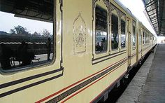 take trips of Palace on wheels and make your journey