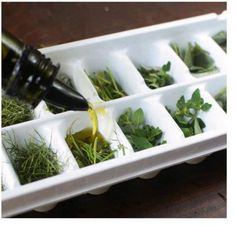olive oil and herbs -1092