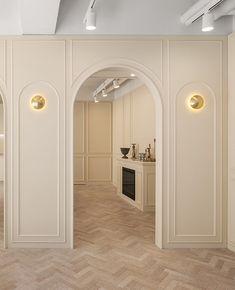 Classic Interior, Cafe Interior, Office Interior Design, Office Interiors, Clinic Design, Luxury Homes Interior, New Home Designs, Store Design, Wall Design