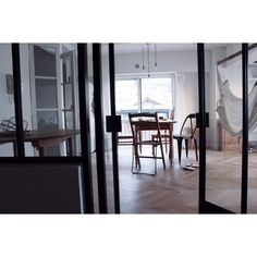 神戸に帰り 制作の日々が始まっています  昨日は東京でご相談頂きました結婚指輪の デザイン画をお送り致しました  今日も歩いて工房へ  #自宅のこと by atelier_el