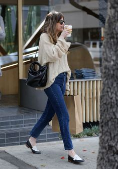 dakota johnson outfits best outfits - Page 97 of 100 - Celebrity Style and F. - dakota johnson outfits best outfits – Page 97 of 100 – Celebrity Style and Fashion Trends - Dakota Johnson Street Style, Dakota Style, Dakota Jhonson, Celebrity Style Casual, Celebrity Outfits, Fashion 2017, Womens Fashion, Fashion Trends, Fall Fashion