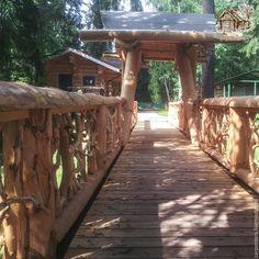 Мост через овраг - бежевый, мост, крыша, дранка, сосна, карельская сосна, ветки