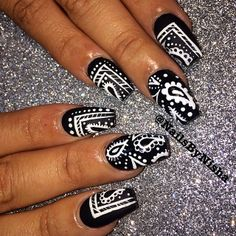 21 Popular White And Black Nail Designs - Nail Art Crazy Nails, Dope Nails, Fancy Nails, Pretty Nails, Black Nail Designs, Nail Art Designs, Crazy Nail Designs, Black Nails, White Nails
