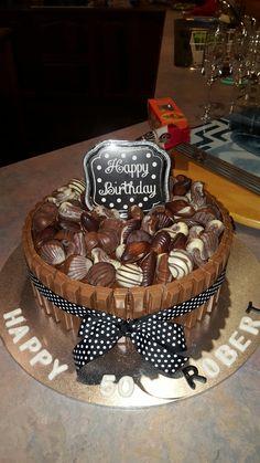 50th Birthday Kit Kat cake 21st Birthday Cake For Guys, 50th Birthday Party, Cakes For Men, Cake Tutorial, Cake Designs, Cake Recipes, Cake Decorating, Yummy Food, Baking
