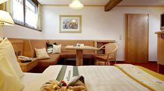 Komfortable Zimmer im Wanderhotel Kirchner in Bramberg Couch, Table, Room, Furniture, Home Decor, Single Bedroom, Summer Vacations, Bedroom, Settee