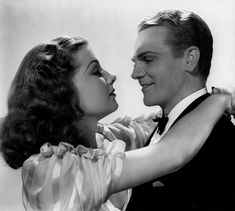 """Ann Sheridan and James Cagney in """"Angels With Dirty Faces"""" (1939)."""