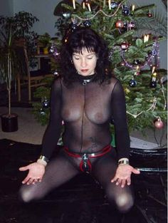 ☺Assuming the position Female Chastity, Chastity Device, Submissive, Kinky, Collars, Lingerie, Pure Products, Beautiful, Fashion